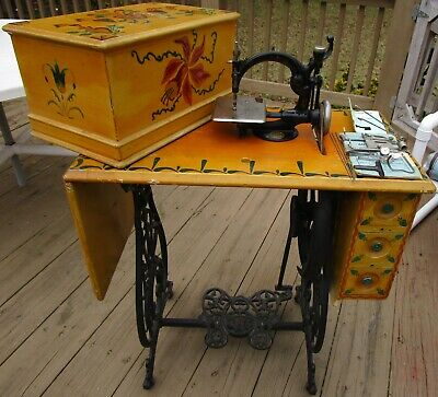 Antique 19th Century Wilcox & Gibbs Sewing Machine  Early Cast Iron Treadle