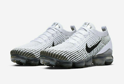 Nike Air Vapormax Flyknit 3 Size 11.5 Men Running Shoes White Black AJ6900 105