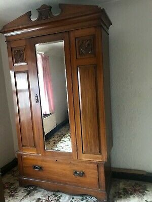 Solid Oak Bedroom Suite Wardrobe  and Dressing Table