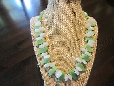"""RARE VTG Green&White Jade Jadeite Carved Necklace Old Silver Chinese Clasp 20,5"""""""
