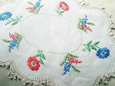 Gorgeous  Flower Circle  Vintage Hand Embroidered Doily