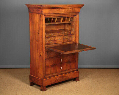 Antique French Walnut Secretaire Abattant c.1830.