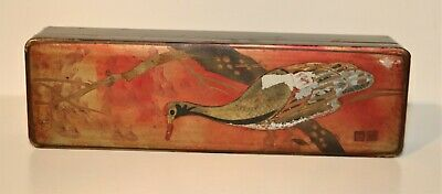 ANTIQUE  ASIAN WOOD BOX with Figurine and Spoon