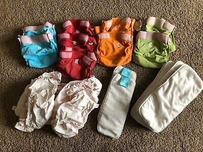 9 Medium Gdiapers W/ 8 Snap In Liners 9 Cloth Inserts