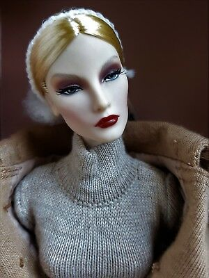 Integrity Toys FR Passion Week Elyse Jolie Doll NRFB