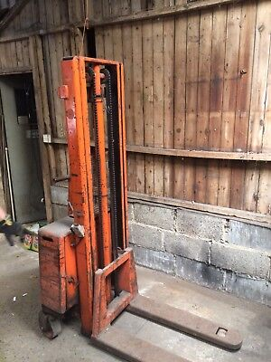 Semi Electric Manual Pallet Hand Stacker