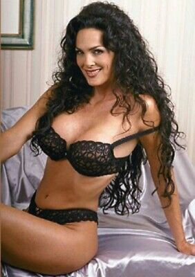 Julie Strain - In Panty And Bra !!!