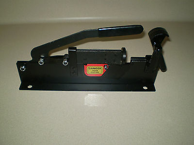 Push On / Push Lock-Hose assembly tool and hose cutter