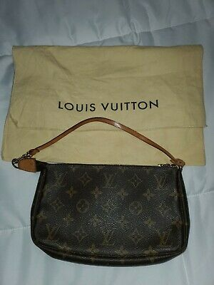 Authentic LOUIS VUITTON Pochette Accessories Monogram Handbag