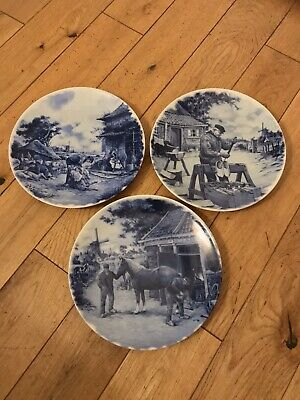 Three Delft Blue Plates. 1984 Ter Steege BV Delft Blauw, Hand Decorated, Holland