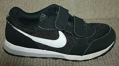 Nike Kids Shoes Sz Us 25Y