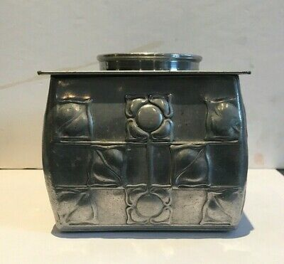 Arts and Crafts biscuit tin