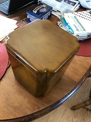 Vintage Georges Briard mid-century modern faux wood ice bucket 4-qt.