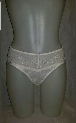 PM6507 Ivory Cream Floral Embroidered POUR MOI /'Ceremony/' Suspender Belt Size 16