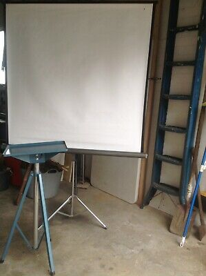 Movie Projector Screen And Stand