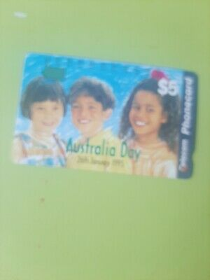 $5 1hole Phonecard  1995 AUSTRALIA Day  Prefix764