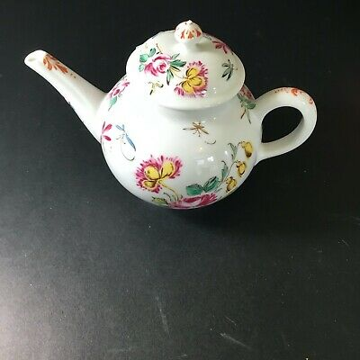 Victoria And Albert Miniature Teapot Franklin Mint