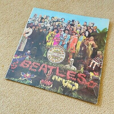 "The Beatles Sgt. Pepper's Lonely Hearts Club Band 12"" Vinyl LP First UK Pressing"