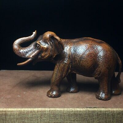 Collectable Old Boxwood Hand-Carved Lovely Elephant Delicate Unique Decor Statue