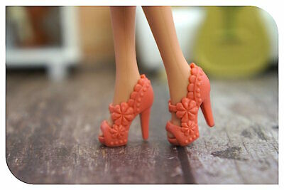 New Barbie doll clothes QUALITY SHOES 1 pair orange shoes accessories boots