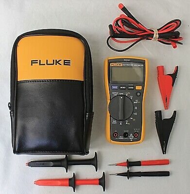 Fluke 117 True RMS Digital Electricians Multimeter Voltage Detection with Leads