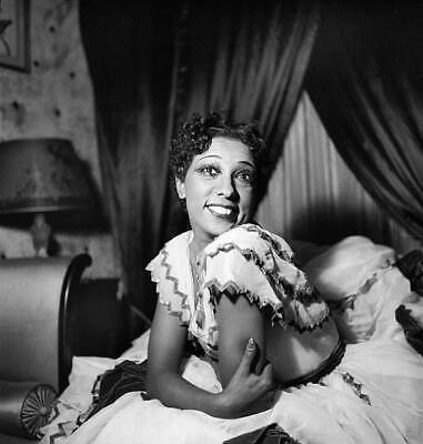 OLD PHOTO French Singer Dancer & Entertainer of the 1920s Josephine Baker No 39
