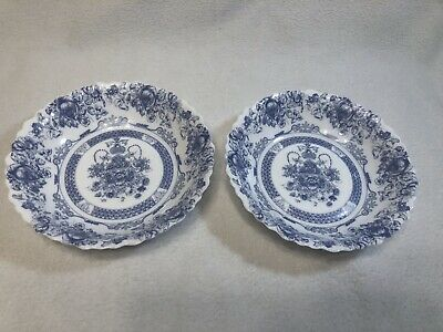 2 Arcopal France HONORINE COUPE Soup/Cereal Bowls Milk Glass Scallop Blue/White