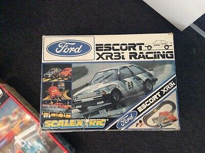 Scalextric Classic (Ford Escort XR3I) Set Boxed