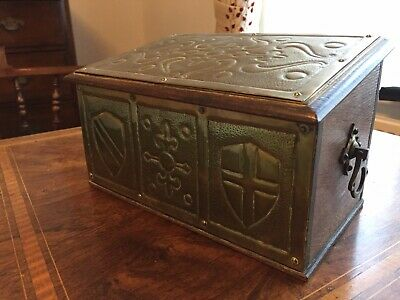 Arts & Crafts Antique Wood/brass Candle Box