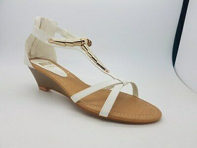 Ladies Shoes No!Shoes Armour NEW White With Gold Detail Wedge Zip Up Back Size 8