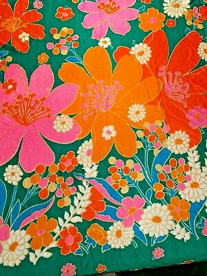Vintage Retro Fabric Graphic Floral Print 1970's Kitsch