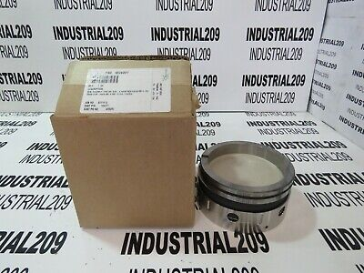 John Crane Seal Assembly 8B1 New In Box