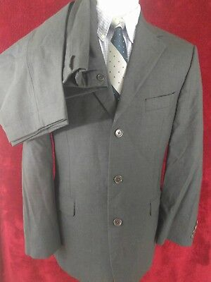 Brooks Brothers Mens 40R Suit 3 Button 33x31 Pleated Front Gray Wool
