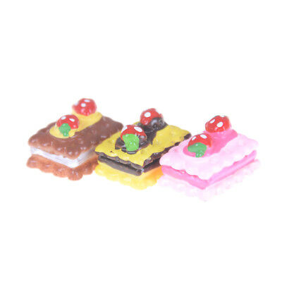 3pcs Strawberry Cake Miniature Food Decor Dollhouse Accessories -PN