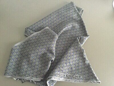 Givenchy Wool Silk Scarf As New