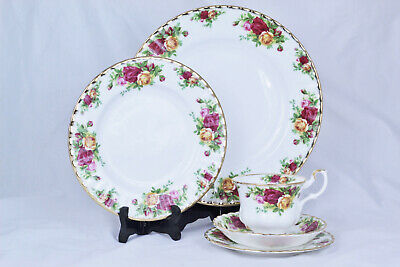 Royal Albert Royal Doulton Old Country Roses 5 Piece Place Setting