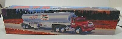 1975 Texaco Fuel Tanker Truck 1995 Edition Toy 18 Wheeler Tractor Trailer Box