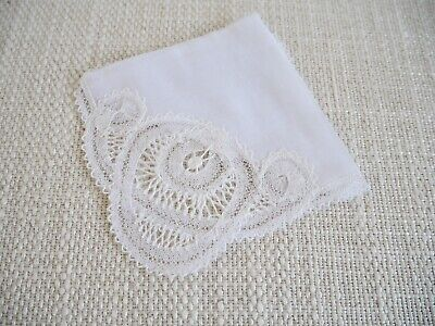 Beautiful Vintage Renaissance Lace Style Handkerchief Made In Belgian Rare