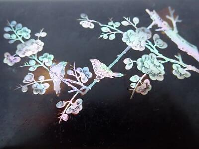 Beautiful Vintage Mother of Pearl Lacquered Box Birds Blossoms Flowers Saigon