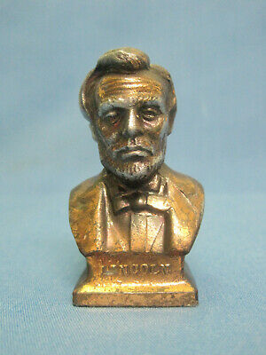 Sculpture. Bust. Figurine. President Lincoln. The USA