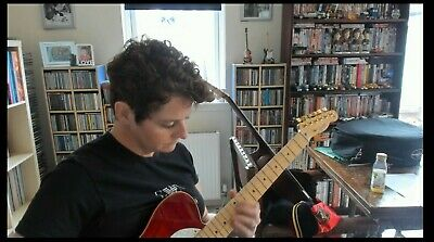 Beginners Online Guitar Class Saturday 16th May 1pm