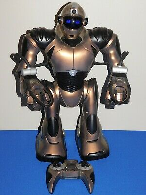 *FOR PARTS OR NOT WORKING* WowWee Robosapien V2 Bronze & Black W/ Remote