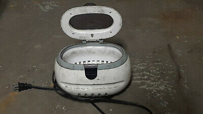 Used Chicago Electric Small compact desktop Ultrasonic Cleaner Model 3305 600 ML