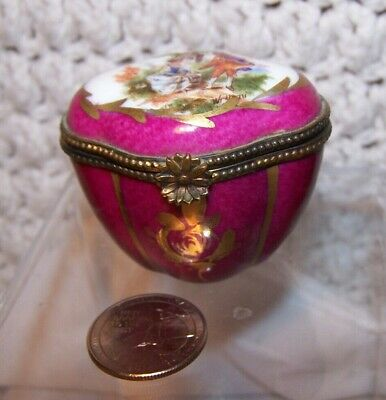 French Porcelain Trinket Box Sevres MARK Hand painted COURTING COUPLE WATTEAU