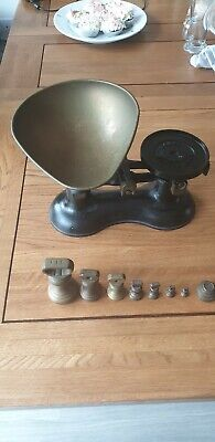 Boots  NOTINGHAM  OLD SCALES