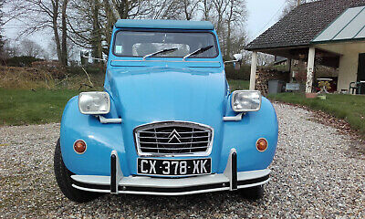 2CV6 Collection AZKA 3CV de 1977.
