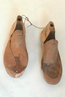 Vintage Wooden lasts PAIR  Shop Display Home Decor Shoe Lasts craft art