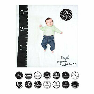 Lulujo 0628233455802 Baby's First Year Deluxe Blanket & Card Set, Loved