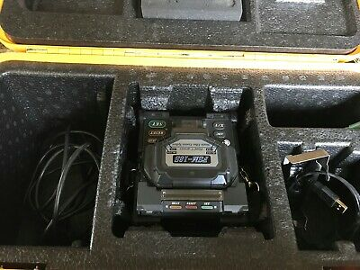 Fujikura FSM-18S Arc Fusion Splicer - recently serviced