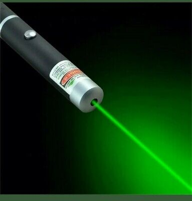 Green Laser Pointer (batteries included)
